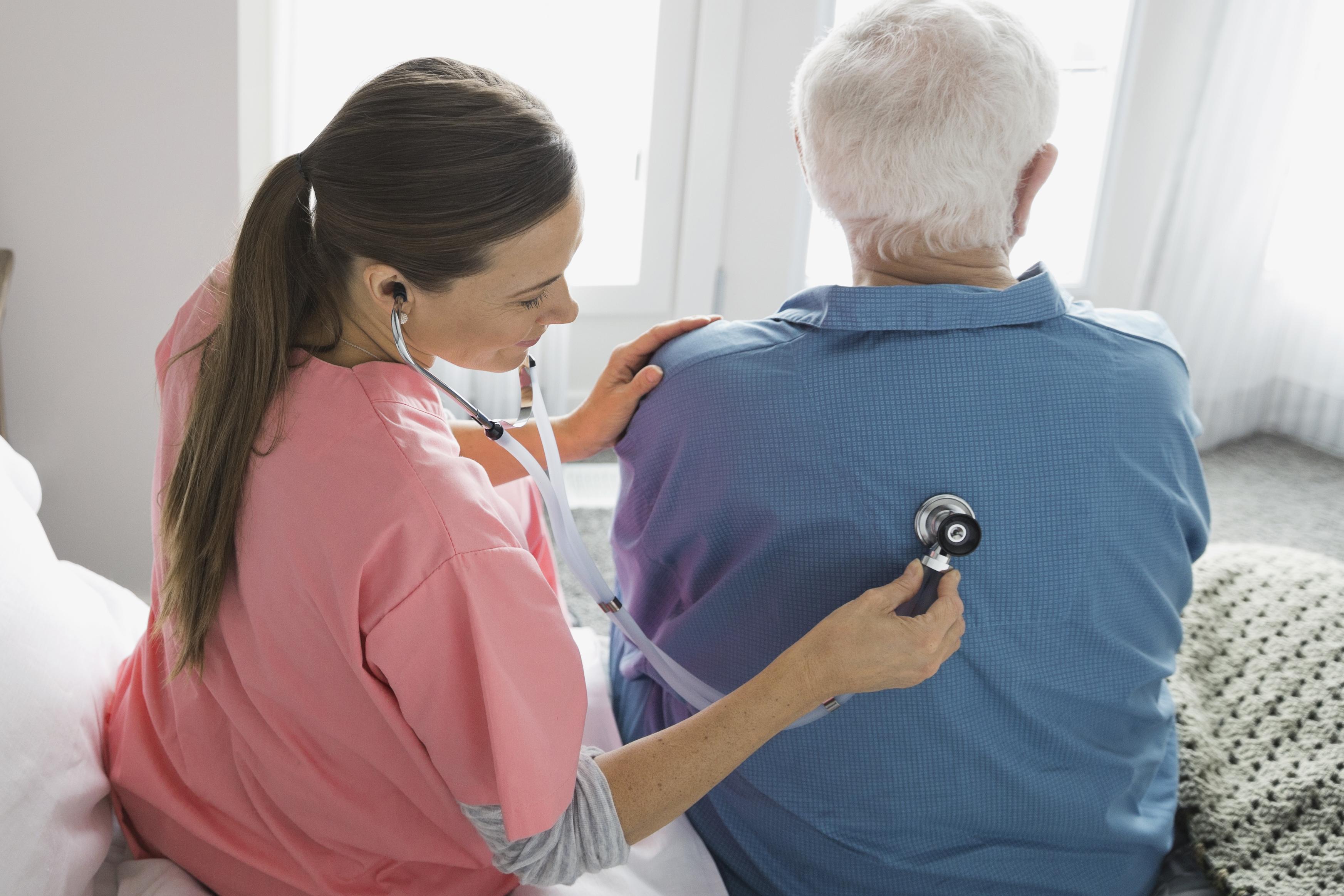 Serviços médicos não estão sujeitos à retenção na fonte